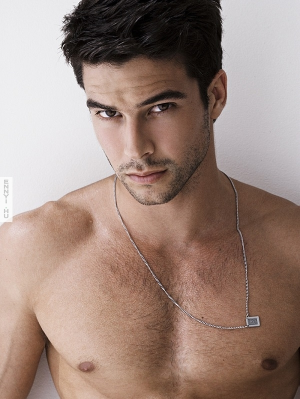Bernardo-Velasco-by-Rick-Day-Photo-Shoot03-malecelebnewscom