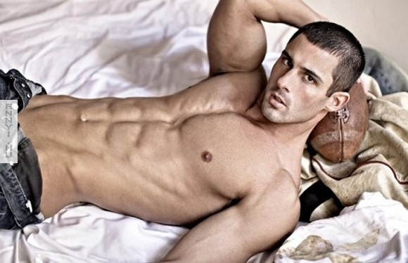 Picture About Male Model Derek Richardson Pictured by Richard Gerst 2