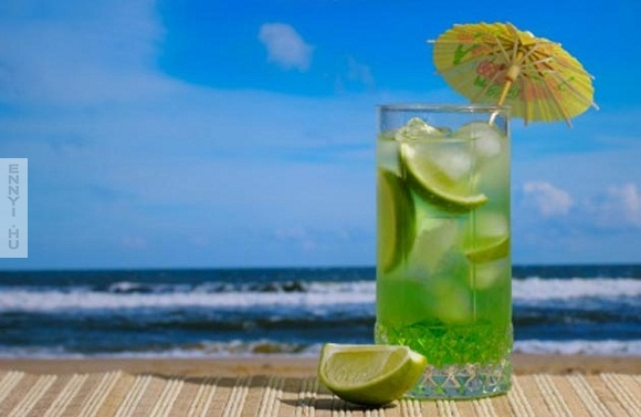 Top-10-Health-Drinks-for-this-Summer