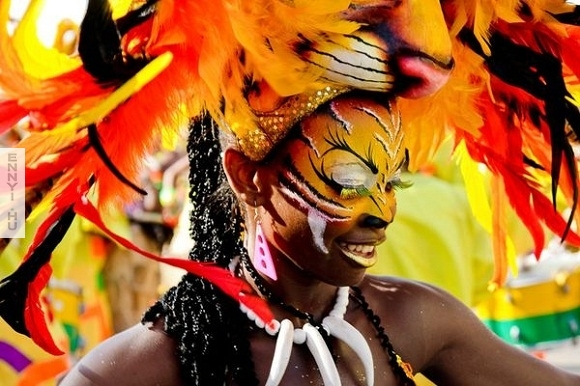 carnival-colombia_34100_600x450