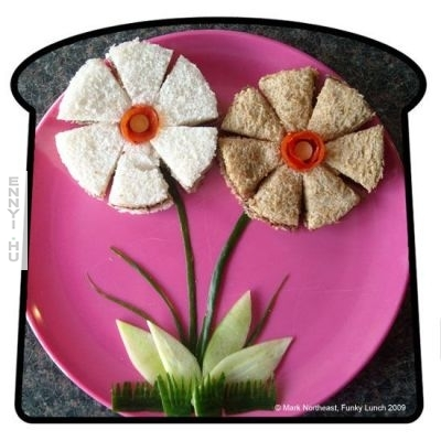 funky lunch flowers-big