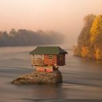 Ház a Drina folyó közepén